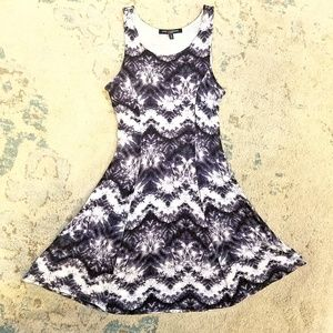 Cute festival dress in excellent condition